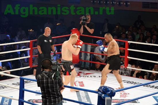 Турнир по «Кикбоксингу» с участием афганца - Сияра Бахадорзады