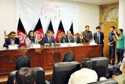 Комиссия по жалобам призвала к объявлению результатов голосования в назначенный срок